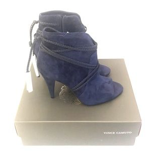 Vince Camuto  blue booties Suede